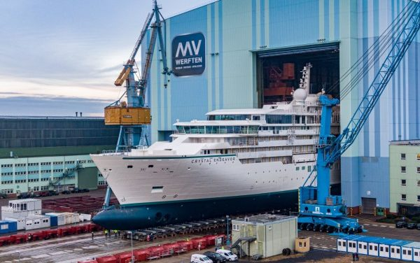 MV Werften secures fresh round of funds to stay afloat